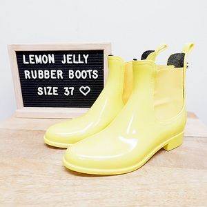 LEMON JELLY CHELSEA YELLOW RUBBER RAIN BOOTS 🌧💛